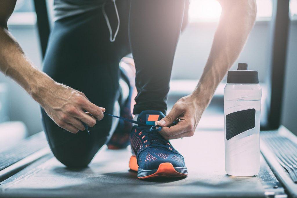 homme attachant ses chaussures pour un workou &quot;width =&quot; 600 &quot;height =&quot; 400 &quot;data-jpibfi-post-excerpt =&quot; &quot;data-jpibfi-post-url =&quot; https: // Www.marcypro.com/blog/perform-exercise-morning-night/ &quot;data-jpibfi-post-title =&quot; Devriez-vous effectuer l&#39;exercice le matin ou la nuit? &quot;Data-jpibfi-src =&quot; https: // www .marcypro.com / blog / wp-content / uploads / 2017/08 / man-tying-his-shoes-for-a-workou-1024x683.jpg &quot;/&gt; </p> <p style=